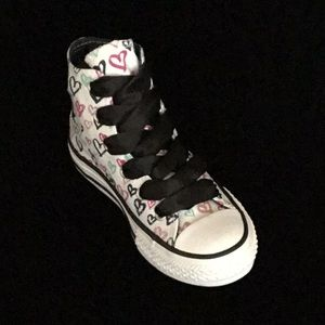 70f828befbe4 Converse Shoes - Converse - Chuck Taylor - Hearts Youth US 13